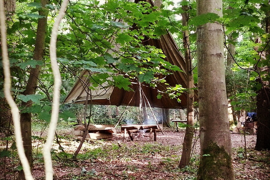 Bushcraft location in the Chilterns - The Parachute Camp