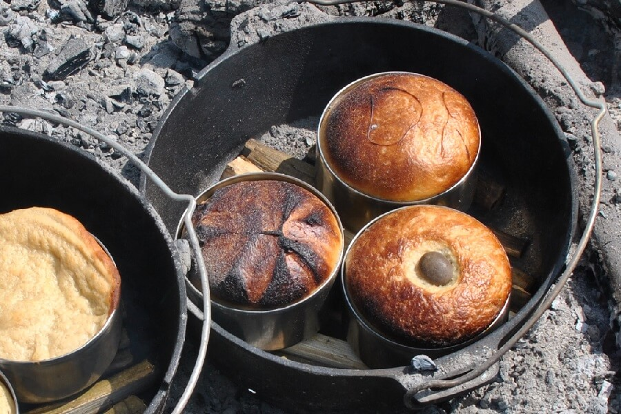 Bread baking in Petromax Dutch ovens