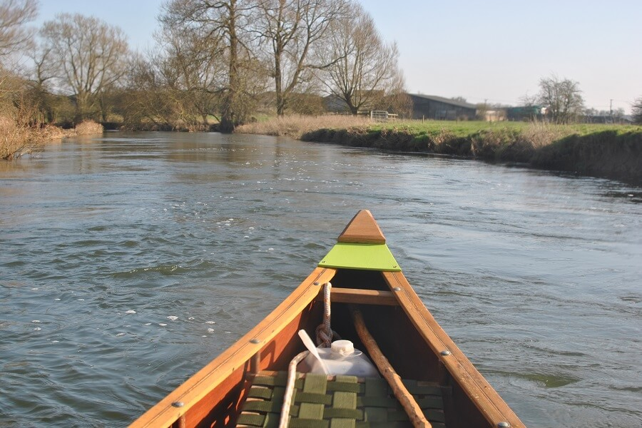 Going with the flow - paddling down river from Cricklade