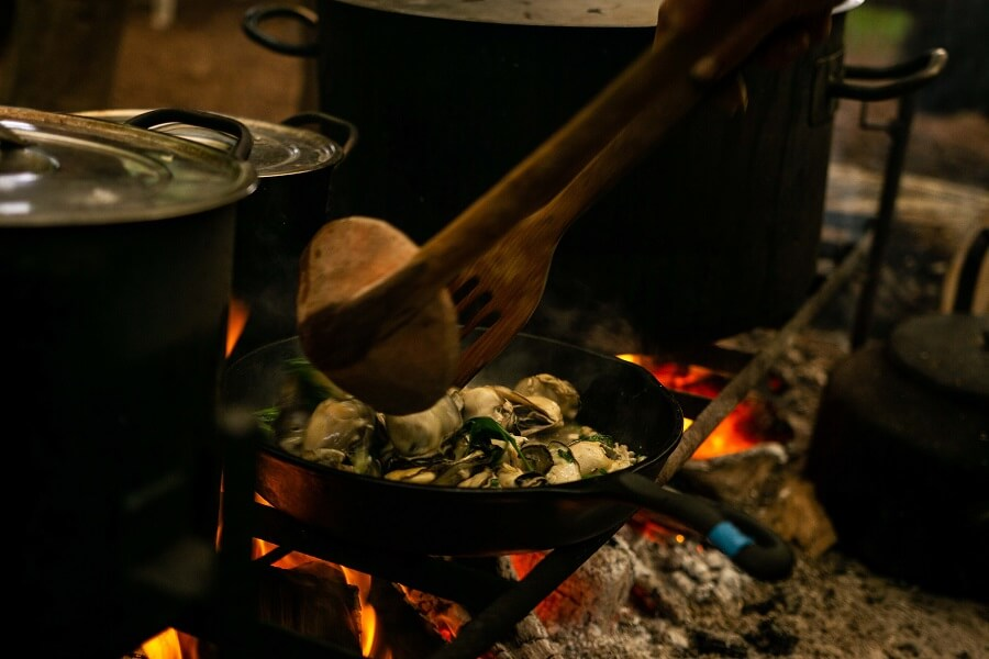 Cooking oysters we foraged from the river with The Old Way