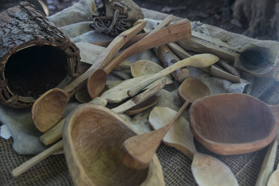 Wood whittled utensils